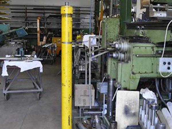 Produzione-cilindri-oleodinamici-per-piattaforme-aeree-Lombardia